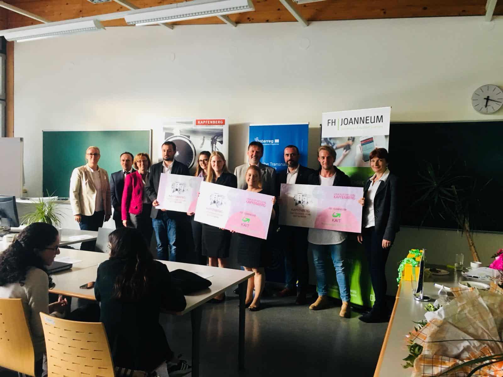 Gruppenfoto des Businessplanwettbewerbs
